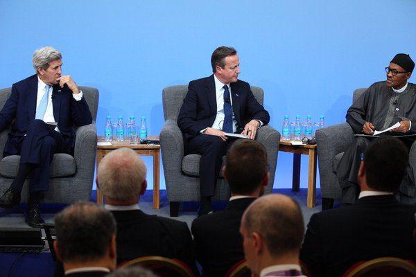 @David_Cameron, PMB & Sec @JohnKerry at Opening Plenary of the London Anti-Corruption Summit, at Lancaster House
