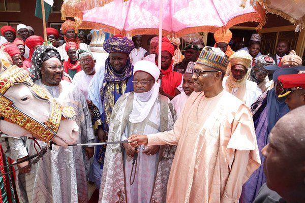 President Buhari today paid homage to the Emir of Katsina, HRH Alhaji Abdulmumini Kabir Usman, at the Emir's Palace2