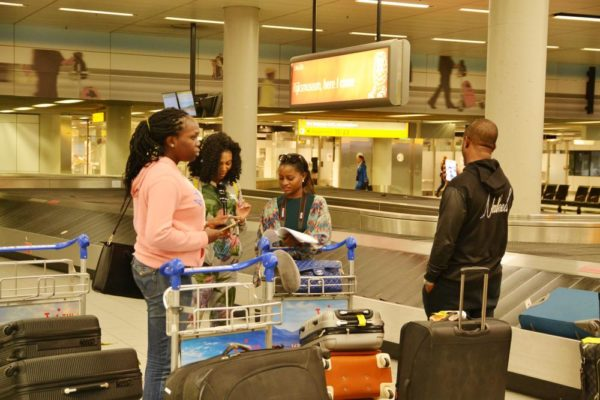 Simileoluwa-Adebajo-Stephanie-Coker-Anita-Brows-Adetoye-and-Darey-Art-Alade-at-the-airport