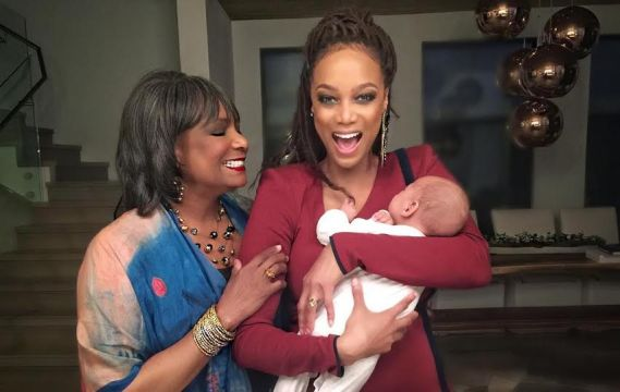 Chrissy Teigen, Tyra Banks & Priscilla Chan celebrate their