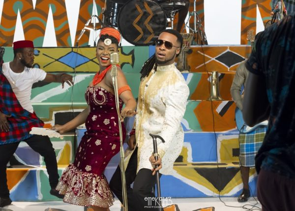 Yemi Alade - Kom Kom ft. Flavour [B-T-S Photo] (8)