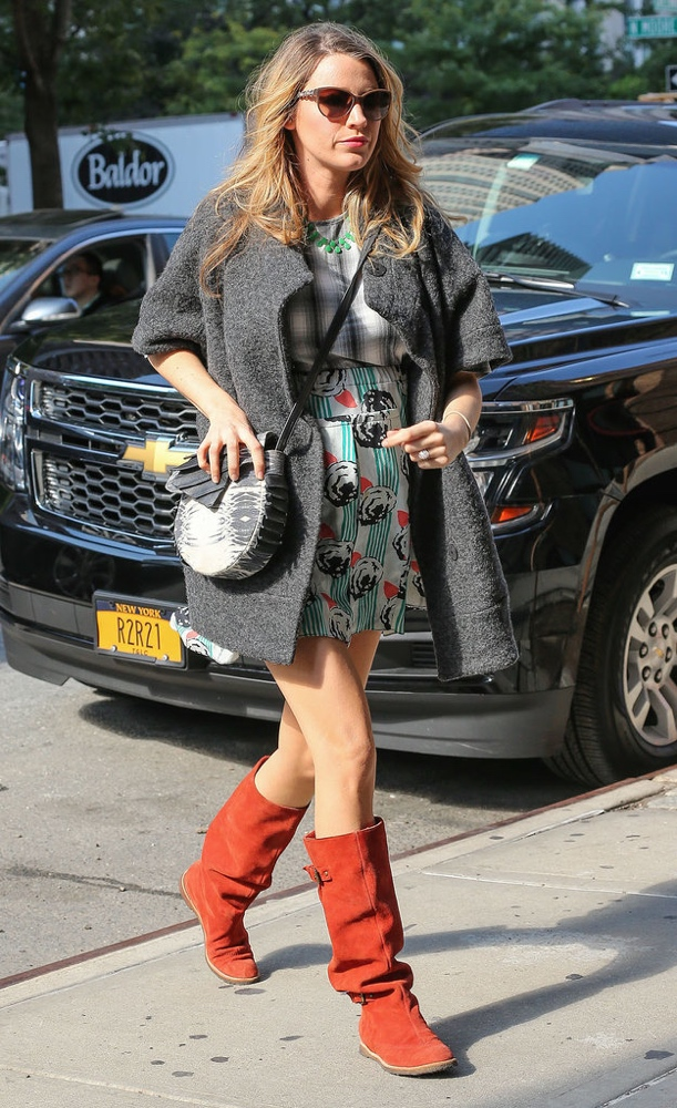 blake lively bn style your bump bellanaija may2016 a_Blake-showed-off-her-print-mixing-skills-quirky-Michelle-Kim