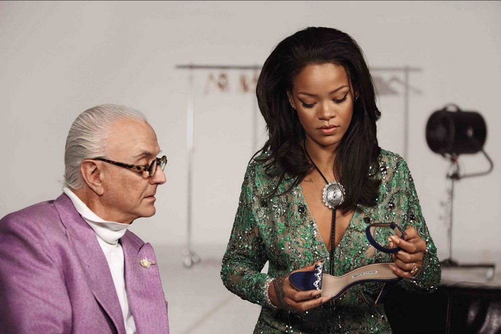 rihanna manolo blahnik bellanaija april2016_Screen Shot 2016-05-05 at 09.48.34