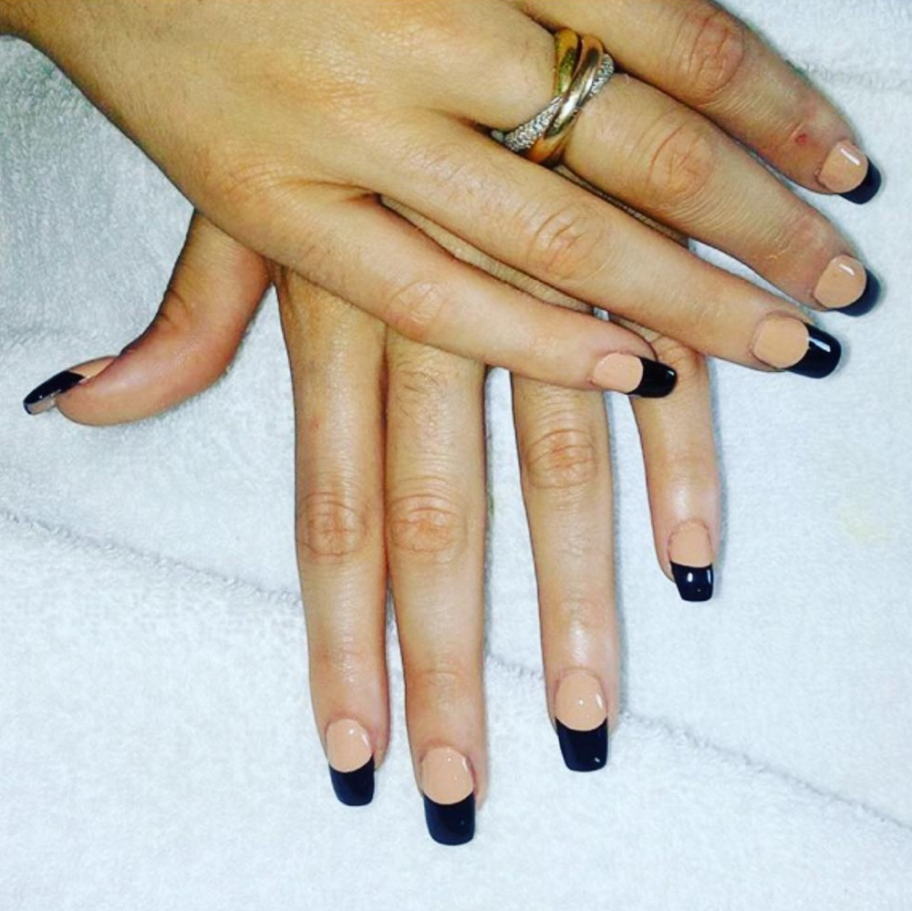 Example of two tone nail art