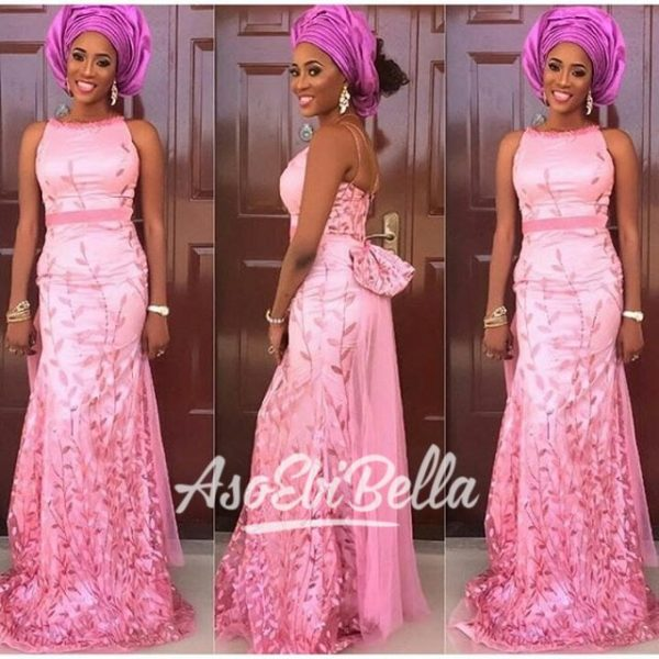 @kanyinalakija_ stuns in @t16worldoffashion_aso ebi, asoebi