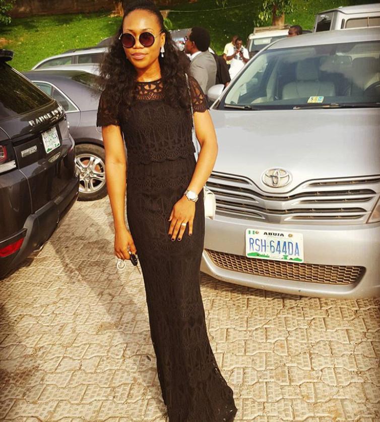 Emmanuella went with the classic black dress. So elegant.