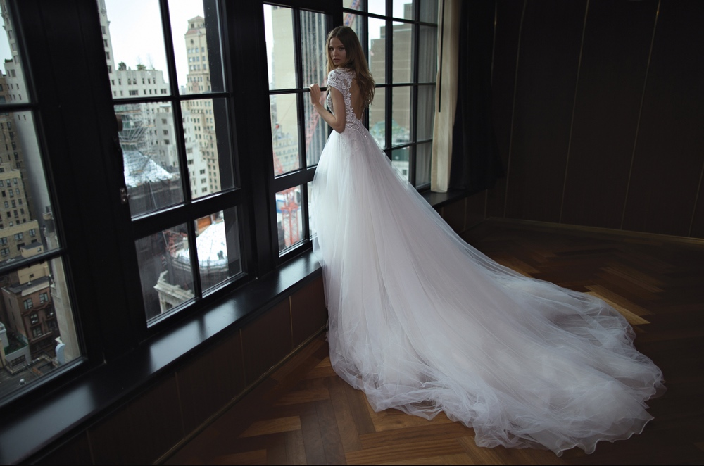 Berta Bridal Fall Winter 2016 Collection_BT7T1913