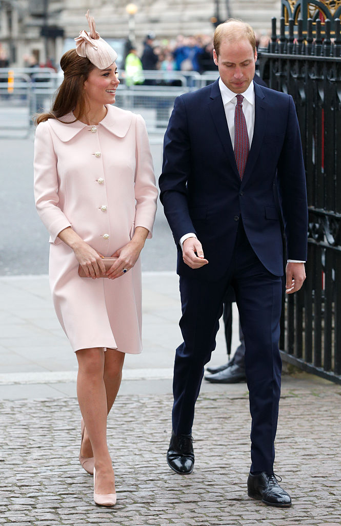LONDON, UNITED KINGDOM - MARCH 09: (EMBARGOED FOR PUBLICATION IN UK NEWSPAPERS UNTIL 48 HOURS AFTER CREATE DATE AND TIME) Catherine, Duchess of Cambridge and Prince William, Duke of Cambridge attend the Commonwealth Observance Service at Westminster Abbey on March 9, 2015 in London, England. (Photo by Max Mumby/Indigo/Getty Images)