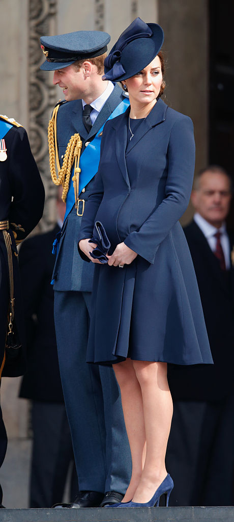 LONDON, UNITED KINGDOM - MARCH 13: (EMBARGOED FOR PUBLICATION IN UK NEWSPAPERS UNTIL 48 HOURS AFTER CREATE DATE AND TIME) Prince William, Duke of Cambridge and Catherine, Duchess of Cambridge attend a Service of Commemoration to mark the end of combat operations in Afghanistan at St Paul's Cathedral on March 13, 2015 in London, England. (Photo by Max Mumby/Indigo/Getty Images)