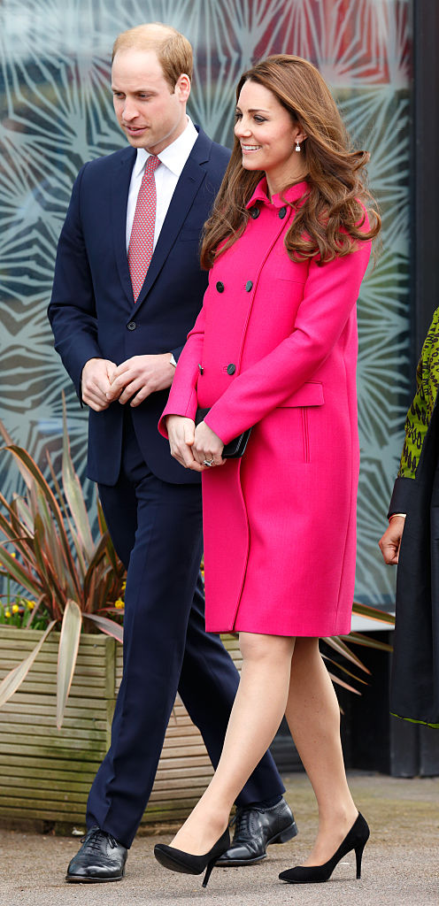 LONDON, UNITED KINGDOM - MARCH 27: (EMBARGOED FOR PUBLICATION IN UK NEWSPAPERS UNTIL 48 HOURS AFTER CREATE DATE AND TIME) Prince William, Duke of Cambridge and Catherine, Duchess of Cambridge visit the Stephen Lawrence Centre, Deptford during a day of engagements to support development opportunities for young people on March 27, 2015 in London, England. (Photo by Max Mumby/Indigo/Getty Images)