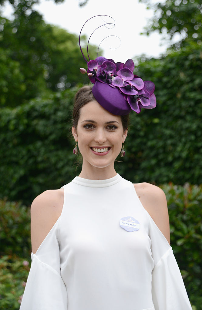 ASCOT, ENGLAND - JUNE 18:  A guest attends day 5 of Royal Ascot at Ascot Racecourse on June 18, 2016 in Ascot, England.  (Photo by Kirstin Sinclair/Getty Images for Ascot Racecourse)