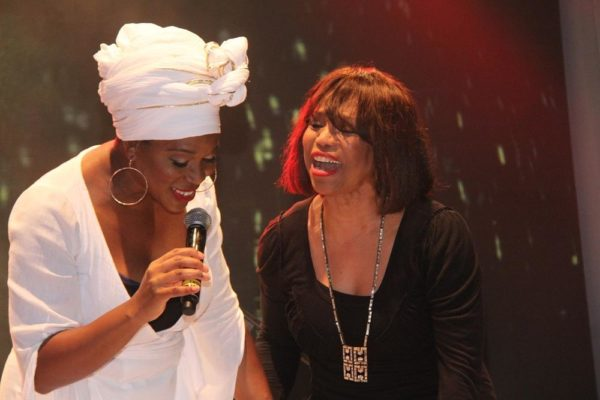 India Arie and Mother, Joyce Simpson perform together on stage