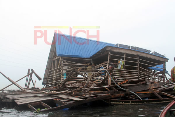Makoko floating school3