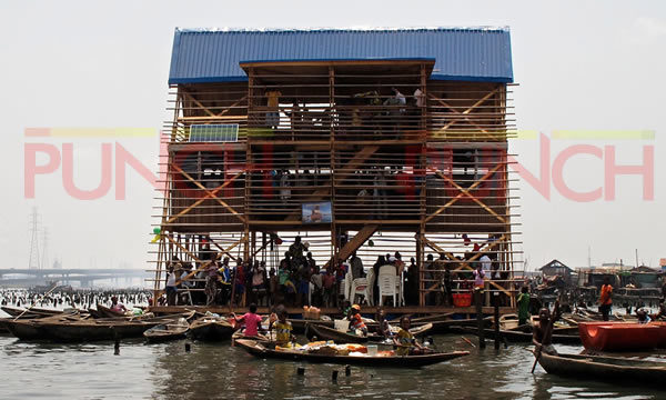 Makoko floating school8