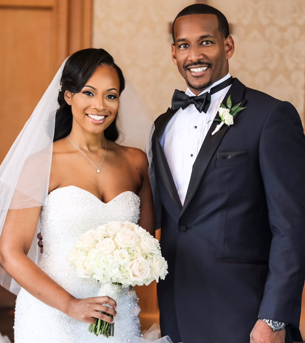 Mr and Mrs Jones_ATL Wedding_PhotoGuyK_WedGail Weddings_2016
