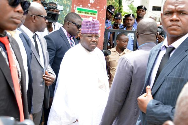 PIC.25. THE ACTING NATIONAL CHAIRMAN OF THE PDP, SEN. ALI MODU SHERRIF(M) , BEING STOPPED FROM  GETTING INTO HIS OFFICE AT THE PARTY'S HEADQUARTERS, WADATA PLAZA IN ABUJA ON MONDAY (13/6/16). 4228/13/6/2016/HB/BJO/NAN