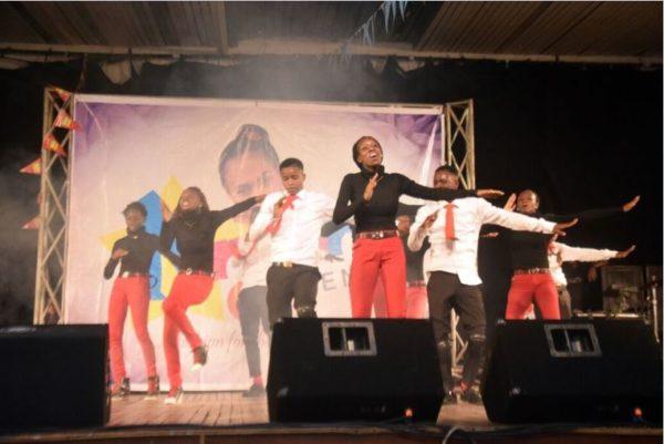 xplicit dancers