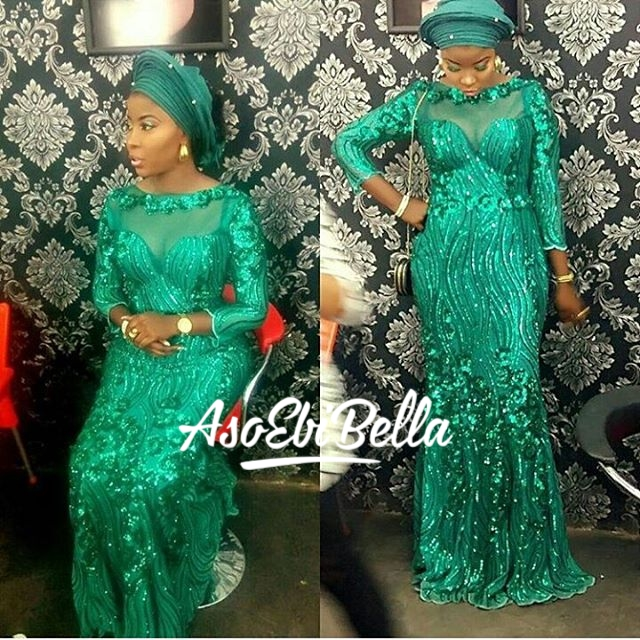 @amoke_alasoebi in @surahbawacouture MUA @certified_crowncold_makeovers