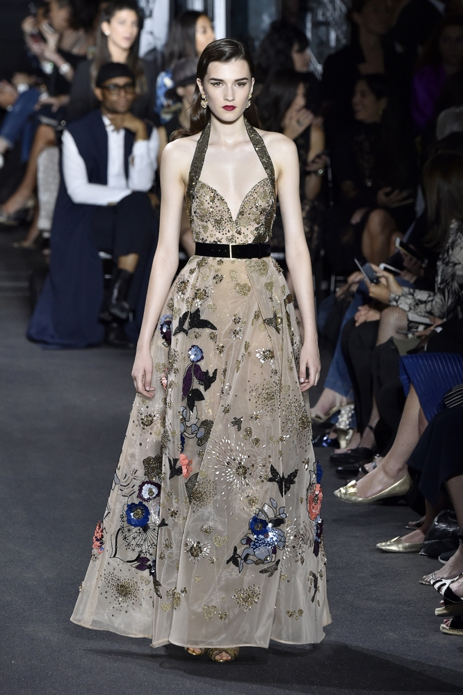Elie saab at paris fashion week haute couture fall for Fashion couture clothing