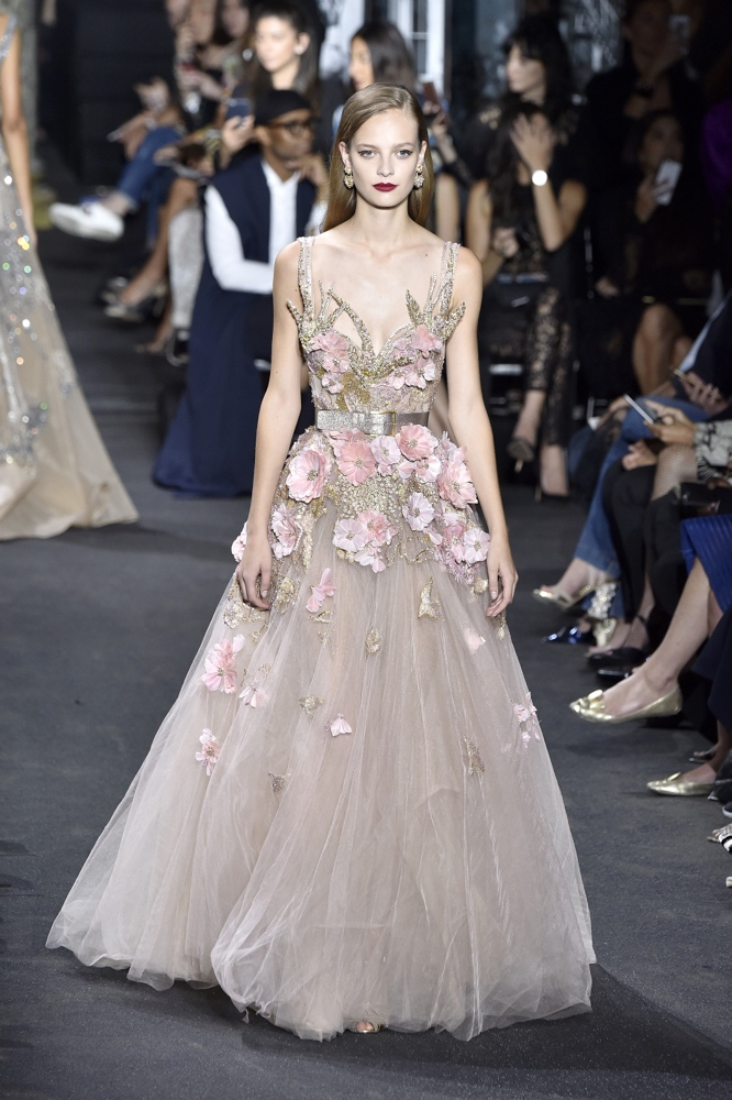 Elie saab at paris fashion week haute couture fall for Haute couture fashion