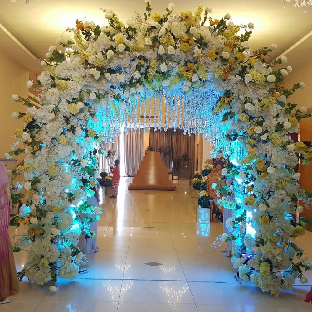 Photos of folorunso alakija 65th birthday bash interior for 65th birthday party decoration ideas