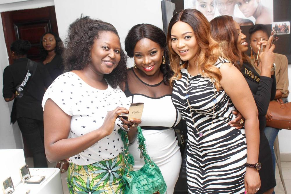 L – R Rimini Makama, Bukola Akinmboni (Marketing Manager, House of Tara), Temitope Ayeni