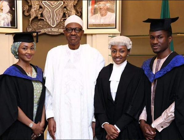 President Buhari Celebrates with Children2