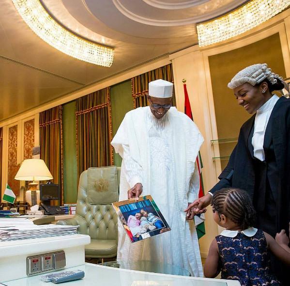 President Buhari Celebrates with Children5