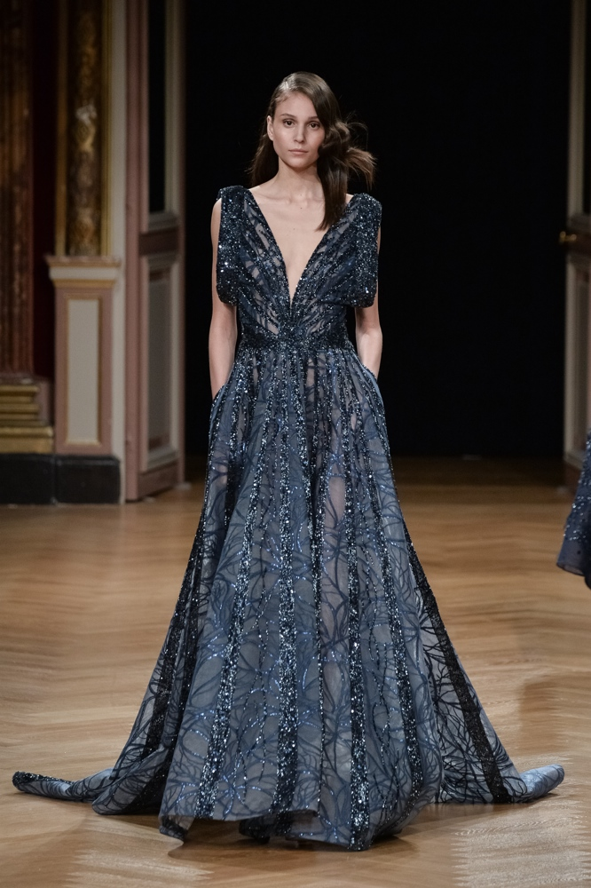 7d7683c0e65 ... Ziad Nakad   Runway - Paris Fashion Week - Haute Couture Fall Winter  2016- ...