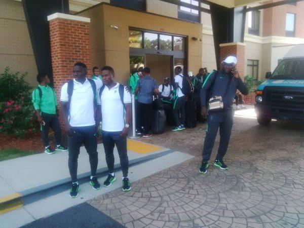 Dream Team Leaving2