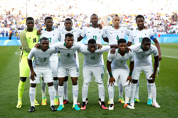 SAO PAULO, BRAZIL - AUGUST 17: Nigeria pose for a team photo before the Men's Semifinal Football match between Nigeria and Germany on Day 12 of the Rio 2016 Olympic Games at Arena Corinthians on August 17, 2016 in Sao Paulo, Brazil. (Photo by Alexandre Schneider/Getty Images)