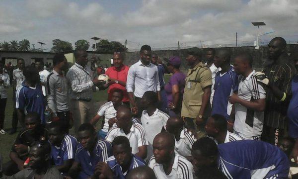 Joseph Yobo at Ikoyi Prisons7