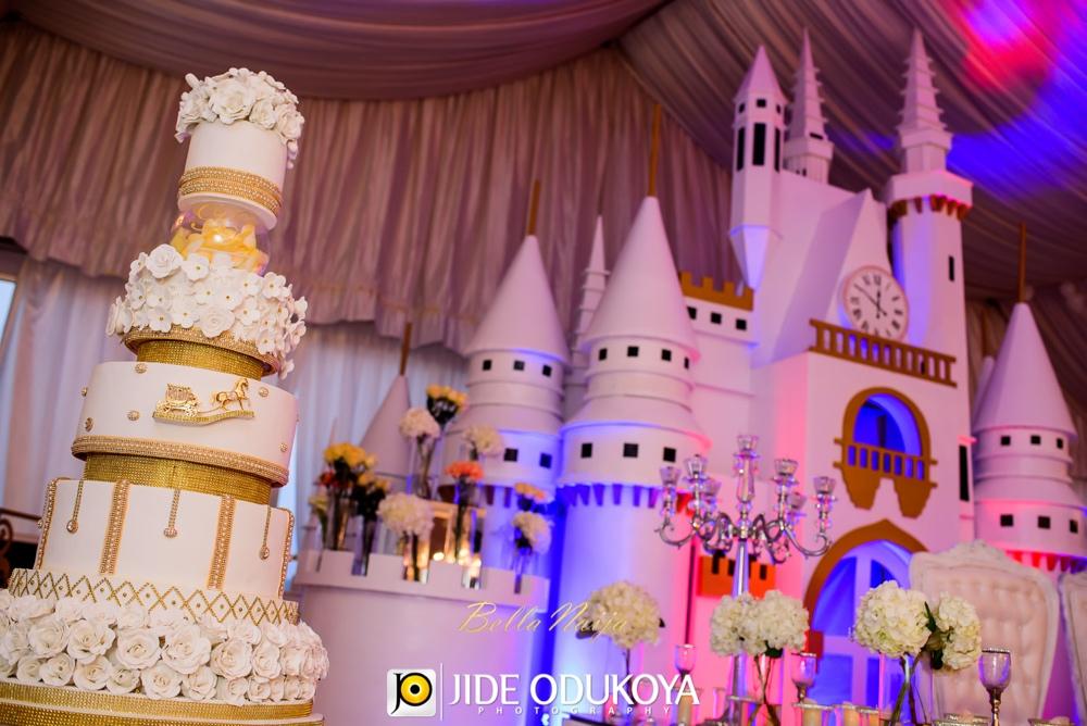 Kunbi Oyelese and Lanre Tomori White Wedding_April by Kunbi_Jide Odukoya Photography_110