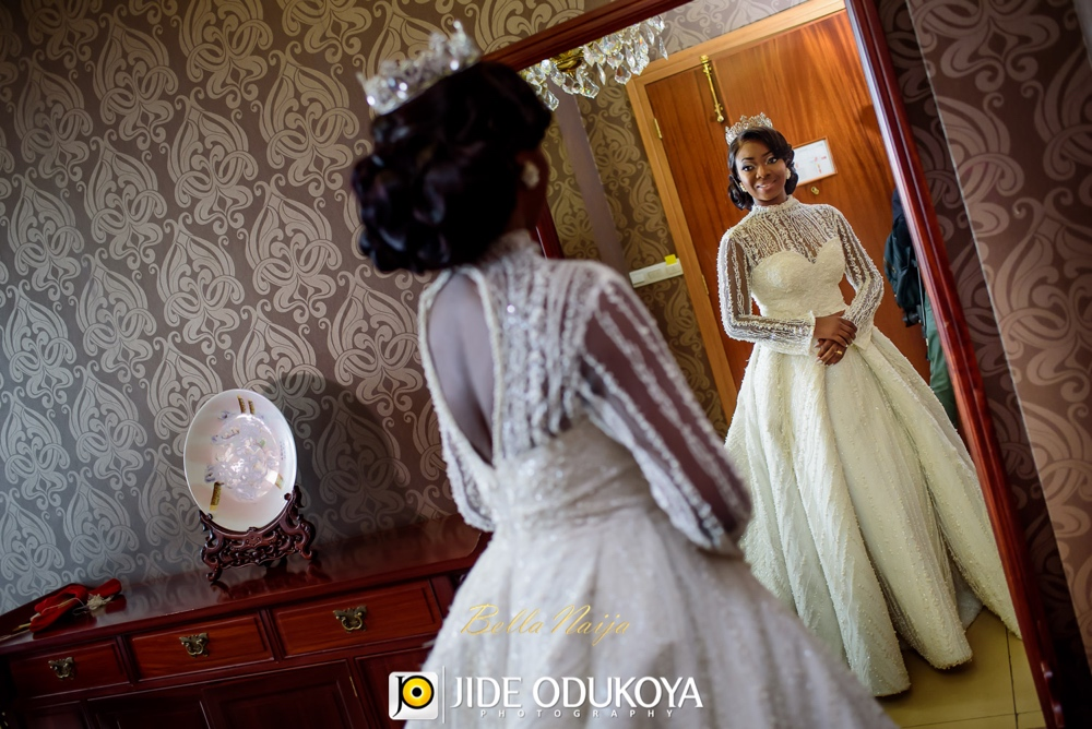 Kunbi Oyelese and Lanre Tomori White Wedding_April by Kunbi_Jide Odukoya Photography_26