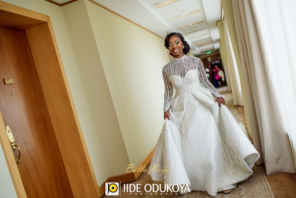 Kunbi Oyelese and Lanre Tomori White Wedding_April by Kunbi_Jide Odukoya Photography_27
