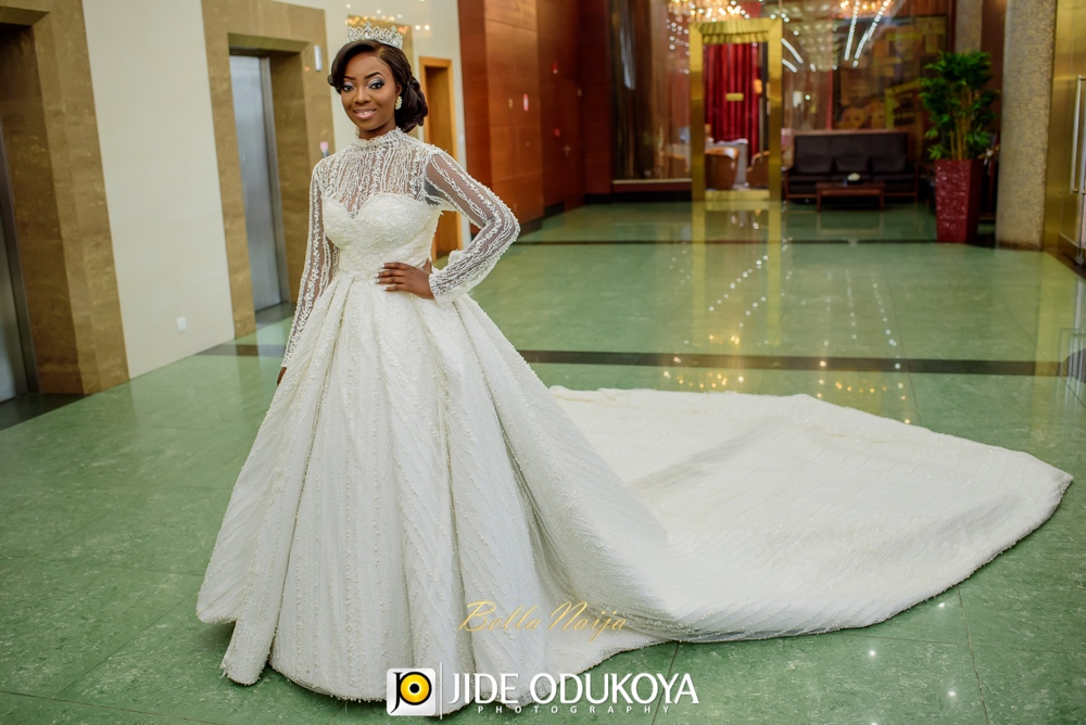 Kunbi Oyelese and Lanre Tomori White Wedding_April by Kunbi_Jide Odukoya Photography_28