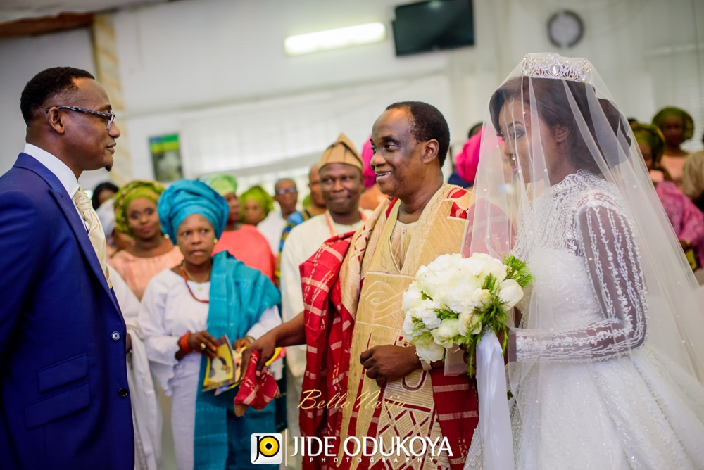 Kunbi Oyelese and Lanre Tomori White Wedding_April by Kunbi_Jide Odukoya Photography_36