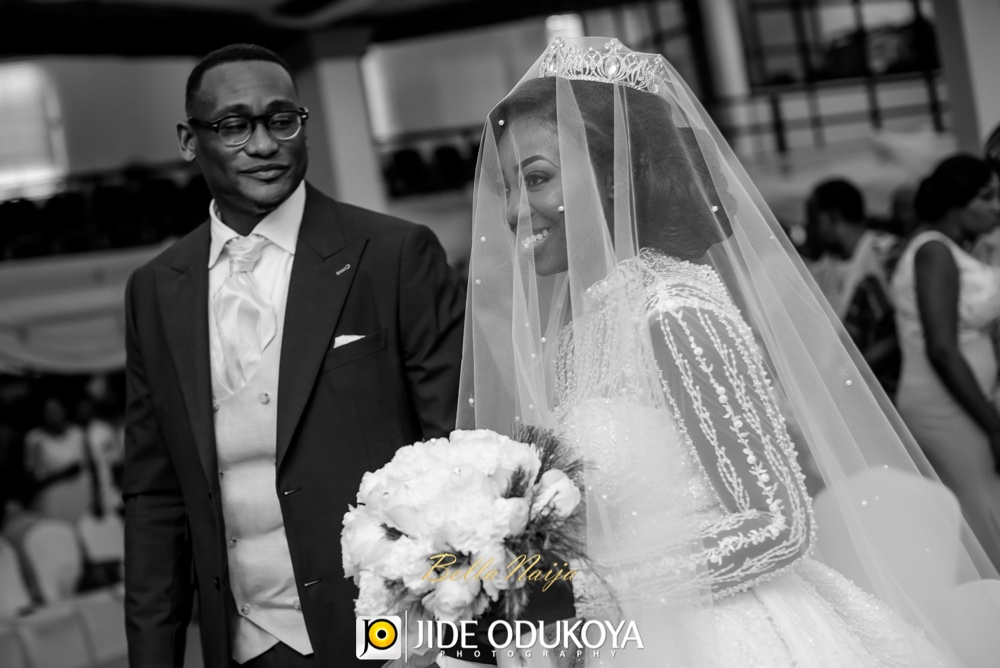 Kunbi Oyelese and Lanre Tomori White Wedding_April by Kunbi_Jide Odukoya Photography_40