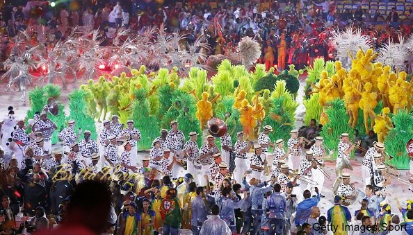 Samba dancers perform during the closing ceremony of the Rio de Janeiro Olympics at Maracana Stadium on Aug. 21, 2016. (Kyodo) ==Kyodo