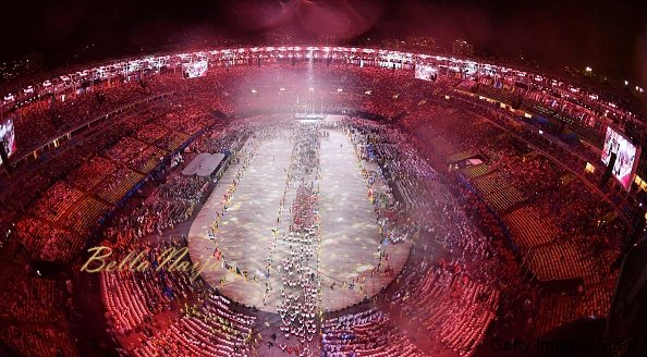 Athletes enter Maracana Stadium during the closing ceremony of the Rio de Janeiro Olympics on Aug. 21, 2016. (Photo taken from camera set up on stadium ceiling)(Kyodo) ==Kyodo