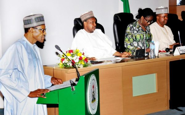 PIC. 12. PRESIDENT MUHAMMADU BUHARI ADDRESSING PARTICIPANTS AT THE 2016 SYMPOSIUM OF THE ASSOCIATION OF AFRICAN CENTRAL BANKS IN ABUJA ON THURSDAY (18/8/16). WITH HIM ARE GOV. ATIKU BAGUDU OF KEBBI; MINISTER OF FINACE, MRS KEMI ADEOSUN; CHAIRMAN, SENATE COMMITTEE ON BANKING, INSURANCE AND OTHER FINANCIAL INSTITUTIONS, SEN. RAFIU IBRAHIM.  5802/18/8/2016/ICE/BJO/NAN