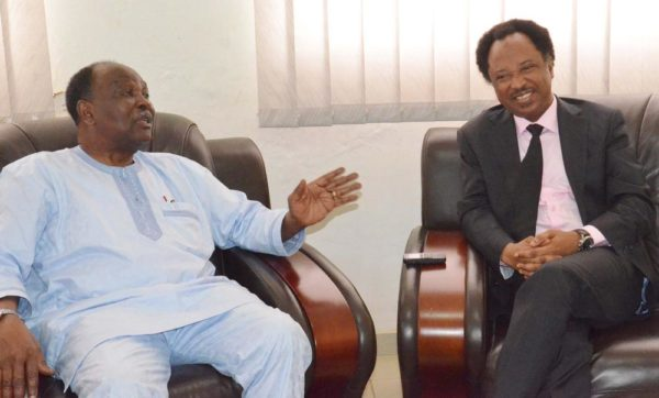 PIC. 22. FORMER HEAD OF STATE, GEN. YAKUBU GOWON (L), WITH THE SENATOR REPRESENTING KADUNA CENTRAL, SEN. SHEHU SANI, DURING THE SENATOR'S COURTESY VISIT TO HIM IN ABUJA ON WEDNESDAY (3/8/16). 5464/3/8/2016/JAU/HF/BJO/NAN