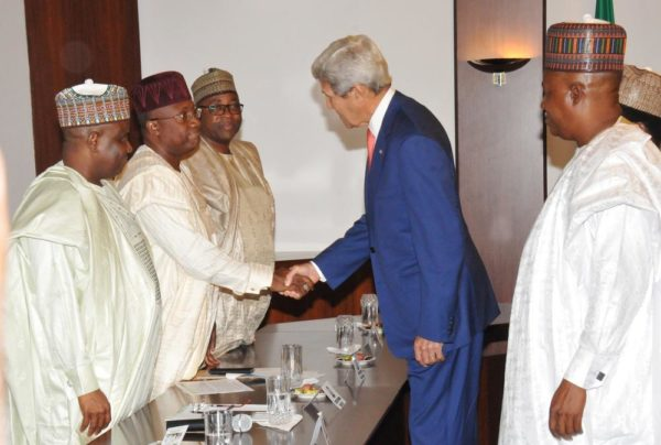 GOVERNORS AMINU TAMBUWAL OF SOKOTO; MOHAMMED JIBRILLA OF ADAMAWA AND MOHAMMED ABUBAKAR OF BAUCHI STATES WELCOMING THE VISITING U.S. SECRETARY OF STATE, MROHN KERRY TO A MEETING WITH NORTHERN STATE GOVERNORS AT THE PRESIDENTIAL VILLA IN ABUJA ON TUESDAY (23/8/16). 5926/23/8/2016/ICE/BJO/NAN