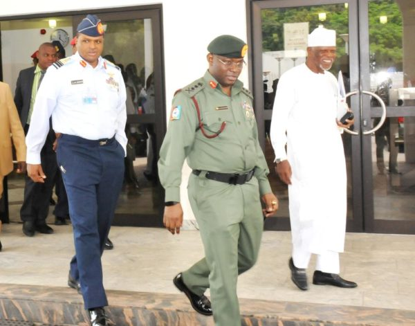 PIC. 9. CHIEF OF DEFENCE STAFF, GEN. GABRIEL OLONISAKIN (2ND-R); CHIEF OF AIR STAFF, AIR MARSHAL SADIQUE ABUBAKAR; AND COMPTROLLER-GENERAL, NIGERIAN CUSTOMS SERVICE, RETIRED COL. HAMMED ALI, COMING OUT OF A SECURITY COUNCIL MEETING AT THE PRESIDENTIAL VILLA IN ABUJA ON MONDAY (15/8/16). 5701/15/8/2016/ICE/BJO/NAN