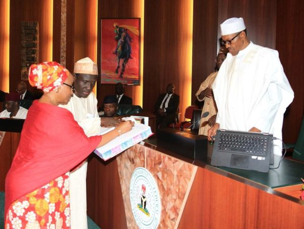 President Buhari swears in Special Advisers