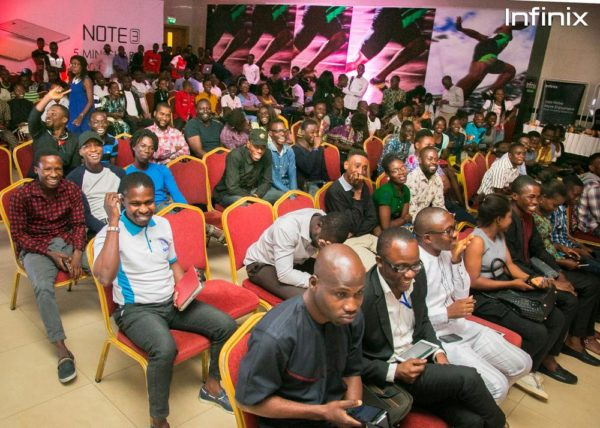Infinix note 3 launch event cross section of fans