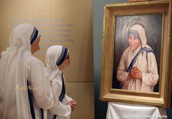 Mother-Teresa-Saint-Canonisation-Vatican-City-September-2016-BellaNaija0002