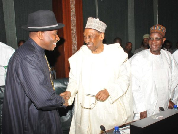 PIC.3. FROM LEFT: FORMER PRESIDENT GOODLUCK JONATHAN; FORMER CHIEF JUSTICE OF NIGERIA, JUSTICE LAWAL UWAIS; AND ANOTHER FORMER CHIEF JUSTICE OF NIGERIA, JUSTICE ALPHA BELGORE, EXCHANGE GREETINGS  DURING THE COUNCIL OF STATE MEETING AT THE PRESIDENTIAL VILLA IN ABUJA ON WEDNESDAY (7/9/16). 6808/7/9/2016/ICE/BJO/NAN