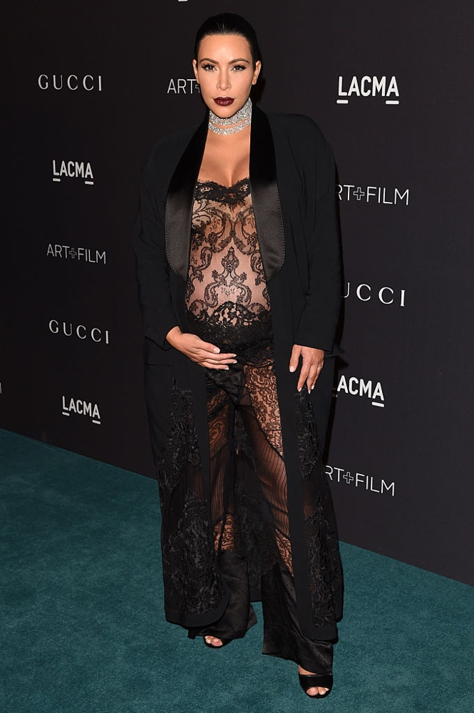 LOS ANGELES, CA - NOVEMBER 07: TV personality Kim Kardashian attends LACMA 2015 Art+Film Gala Honoring James Turrell and Alejandro G IÒ·rritu, Presented by Gucci at LACMA on November 7, 2015 in Los Angeles, California. (Photo by Jason Merritt/Getty Images for LACMA)
