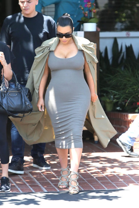 bn style your bump kim kardashian west_hbz-kim-k-maternity-0716_bellanaija